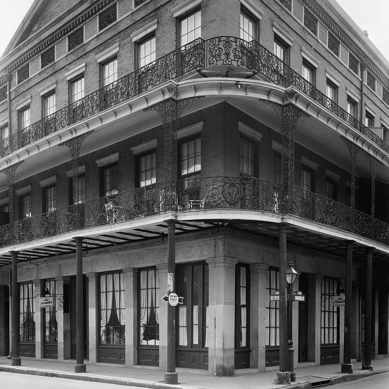 Does New Orleans Have The Oldest Apartment Buildings In The United States?